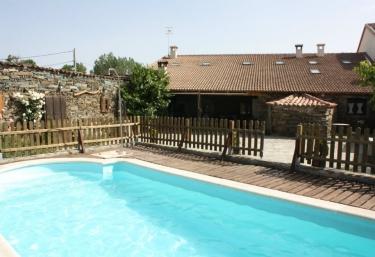 Casas rurales en vila con piscina p gina 7 for Hoteles en avila con piscina