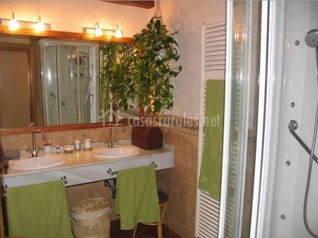Baños Dormitorio Principal:La Cantañera en Cañicosa (Segovia)
