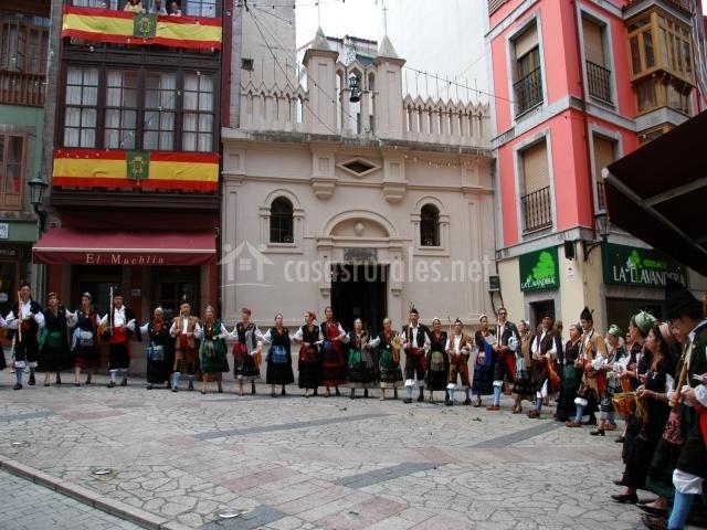 Casa ver nica en san roque del acebal asturias - Casa tradicional asturiana ...