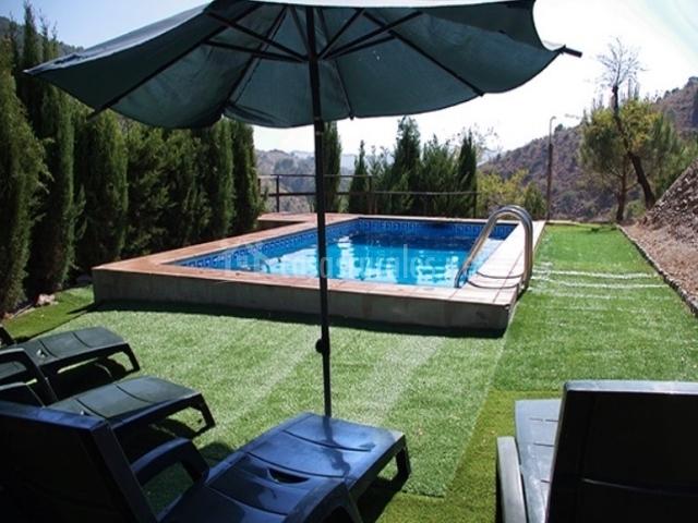 Finca pedregales en velez malaga m laga for Tumbonas piscina baratas