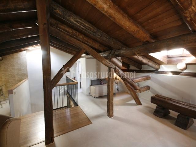 Casa mata en luna zaragoza - Escalera de buhardilla ...