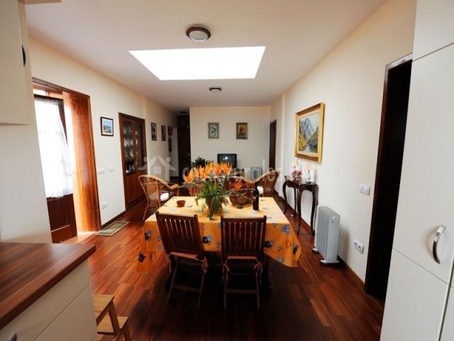Finca el paso ii en la orotava tenerife for Sala de estar y comedor