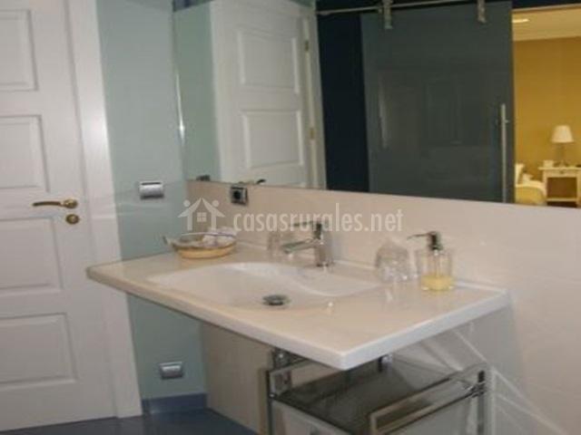 Baños Con Ducha Separada:cabina de ducha habitación doble con camas separadas habitación con