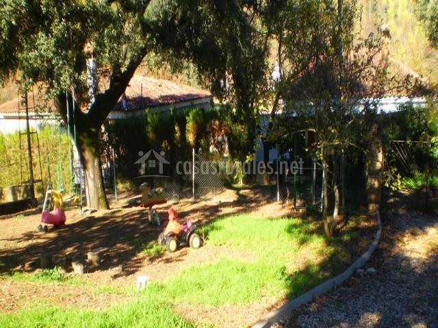 Juego De Baño Zona Norte:jardín con juegos plantas en el jardín zona de juegos