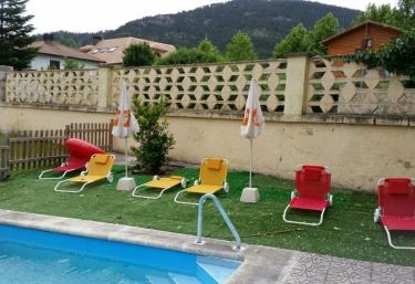 Casas rurales en segovia con piscina - Piscina climatizada segovia ...