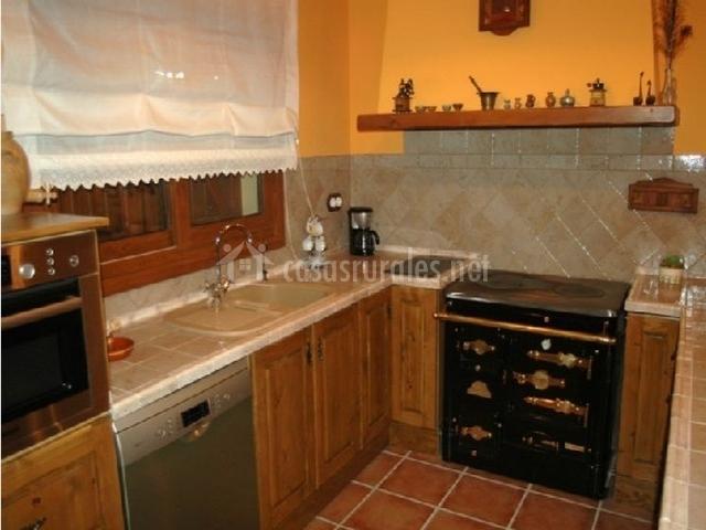 Casa gabri en vespella tarragona - Muebles cocina tarragona ...
