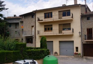 Las casas rurales en osona m s baratas for Casas baratas en barcelona