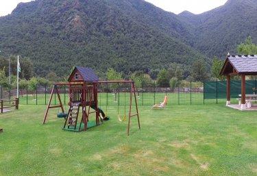 Casas rurales en villademar con chimenea for Casa rural con chimenea asturias