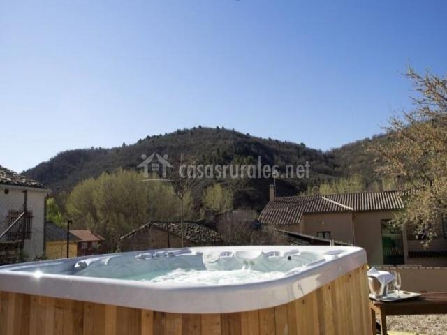 Torre maestre en villar del maestre cuenca - Jacuzzi aire libre ...