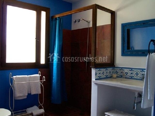 Baños Con Ducha Separada: jaguarzo con camas separadas baño jaguarzo lavabo con espejo