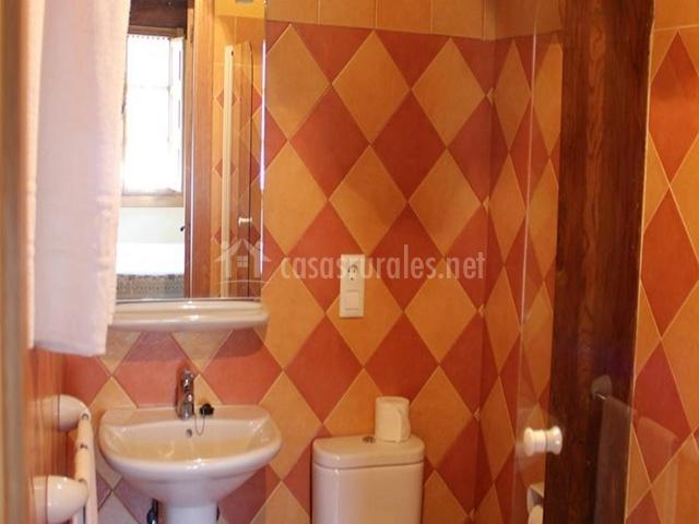 Baños Con Torre Ducha:blancos baño con lavamanos baño con plato de ducha