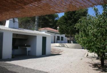 Casas rurales en comunidad valenciana con barbacoa for Casas rurales con piscina comunidad valenciana