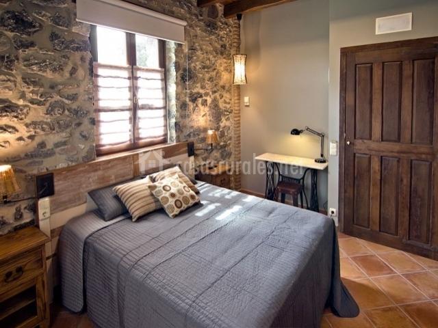 Dormitorios Matrimonio Rustico : Urkulu landetxea en aretxabaleta guipúzcoa
